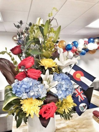 Photo_thumb2_photogallery1551821654Flowers_at_ORIA_counter_.jpg